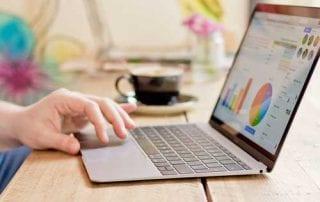 Mau Beli Laptop Pahami Dulu Investasi Sukuk Untuk Mahasiswa 01 - Finansialku