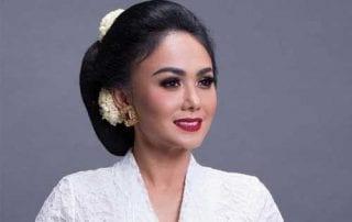 Ini Dia Penghasilan Sewa Pakaian Adat di Hari Kartini 01 - Finansialku