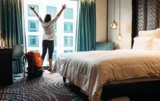 Supaya Gak Salah, Pelajari Dulu Perbedaan Hotel dan Hostel Sebelum Booking! 01 - Finansialku