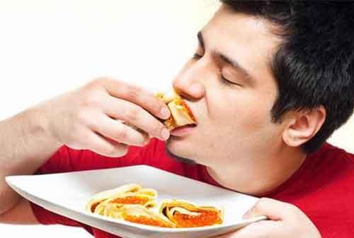 TTS 10 Makanan Sahur dan Makanan Buka Puasa yang Harus Kamu Hindari! 01 - Finansialku