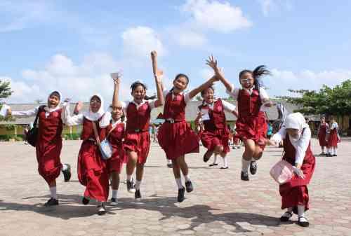 Kenali dan Pahami Serba Serbi Dunia Pendidikan di Indonesia 01 - Finansialku