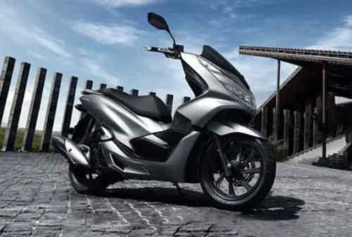 BISA Beli Honda PCX, Meski Gaji UMR! Praktikkan Cara Berikut Ini! 02 - Finansialku