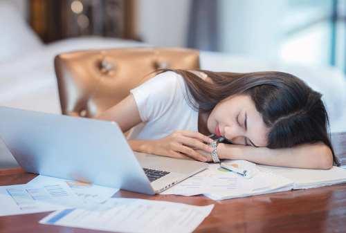 Apa Pilihan Terbaik Jika Hidup Di Kantor Seperti Kerja Rodi 02 - Finansialku