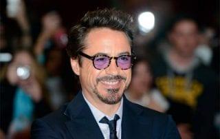 Kisah Sukses Robert Downey Jr. 01 - Finansialku