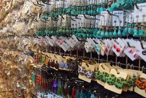 Chatuchak Market 06 - Finansialku