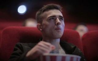 Gak Nyangka! 7 Kota Di Indonesia Ini Memiliki Harga Tiket Bioskop Termahal 01 - Finansialku