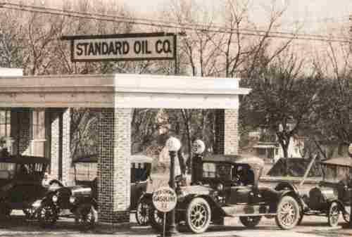 Kisah Sukses John D. Rockefeller, Pebisnis Industri Minyak Amerika Serikat 04 - Finansialku