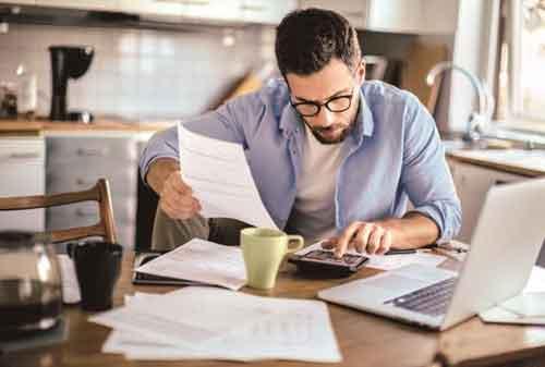 Freelance vs Kantoran, Kerja Mana yang Cocok untuk Kamu 01 - Finansialku