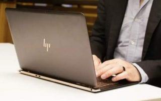 10 Harga Laptop HP Terbaru Berkualitas, Mulai Harga Rp3 Jutaan 00 - Finansialku