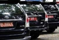 Mobil Dinas 01 - Finansialku