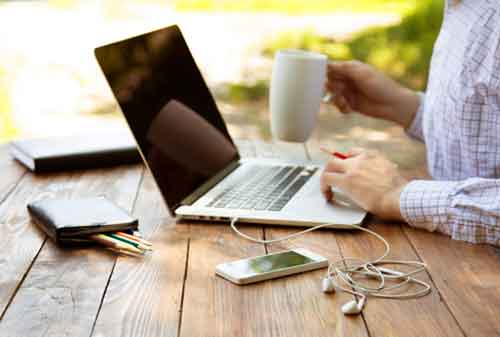 10 Tips Sukses Freelance Supaya Cepat Jadi Orang Kaya 01 - Finansialku