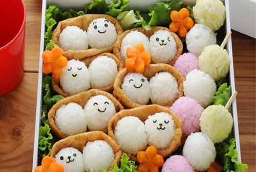 Ball Shaped Rice with Egg - Finansialku