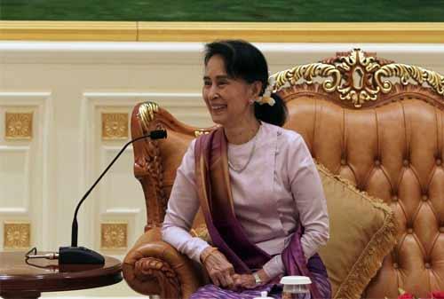 Kisah Sukses Aung San Suu Kyi 07 - Finansialku
