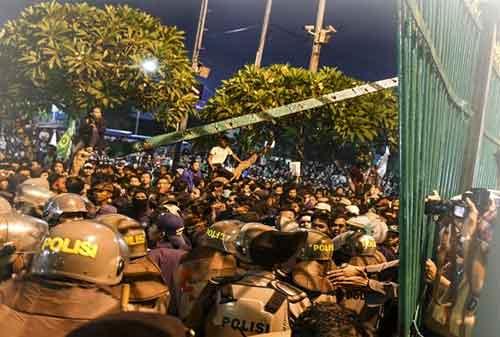 Dampak dari Aksi Demo RUU KUHP Terhadap Saham, Investor Asing Kabur 01 - Finansialku