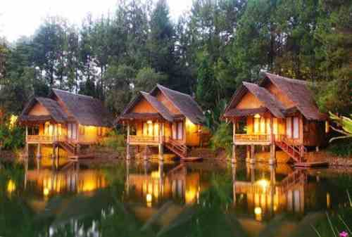 Tempat Honeymoon Bandung yang Indah dan Romantis 02 Imah Seniman - Finansialku