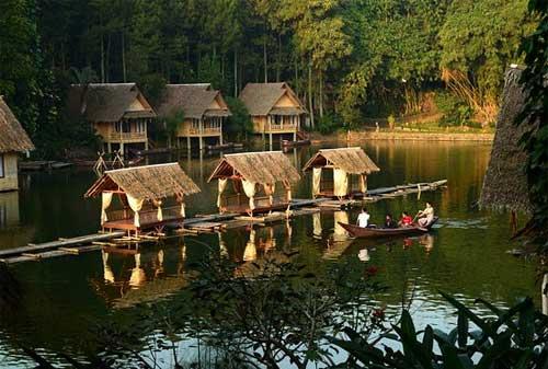 Kampung Sampireun - Finansialku