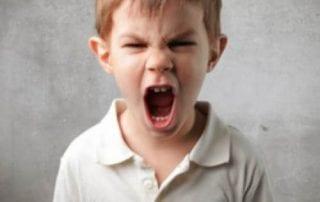 Parents, Lakukan 9 Cara Berikut Untuk Meredakan Amarah Anak 01