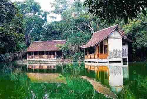 Tempat Honeymoon Bandung yang Indah dan Romantis 04 Sapu Lidi Resort - Finansialku