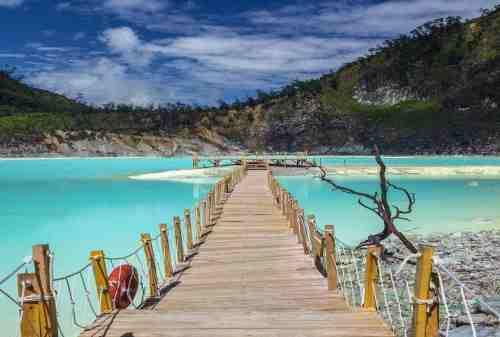 Cek Destinasi Wisata Kawah Putih 03 - Finansialku