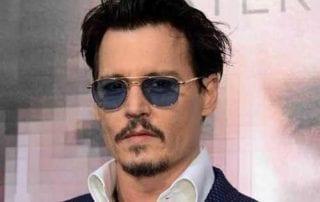 Kisah Sukses Johnny Depp, Aktor Hollywood Serba Bisa 01 - Finansialku