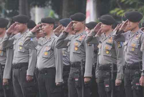 22+ Pangkat Polisi yang Perlu Anda Ketahui Beserta Gajinya 01 - Finansialku
