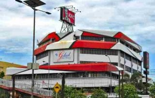 Kisah Sukses Keluarga Gelael, Pemilik KFC Indonesia 01