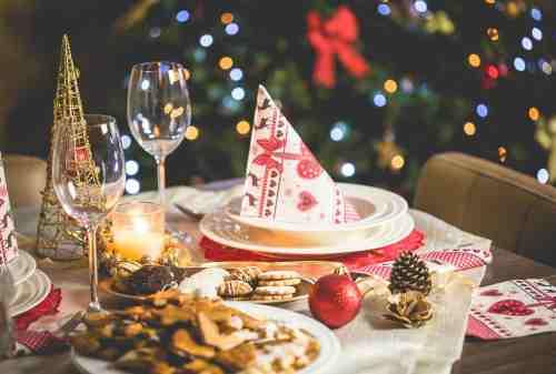 10 Makanan Natal yang Wajib Ada Saat Hari Natal 01