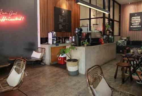 7 Es Kopi Susu Kekinian yang Terkenal di Bandung 04 - Finansialku