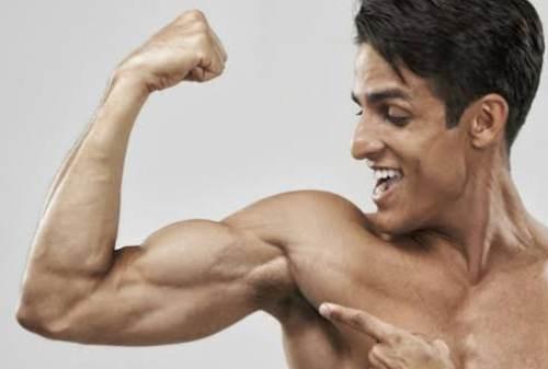 Lakukan Gerakan Ini Untuk Membentuk Otot Lengan (3)