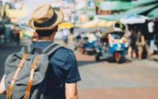 7 Perlengkapan Saat Liburan yang Wajib Dibawa untuk Backpacker 0