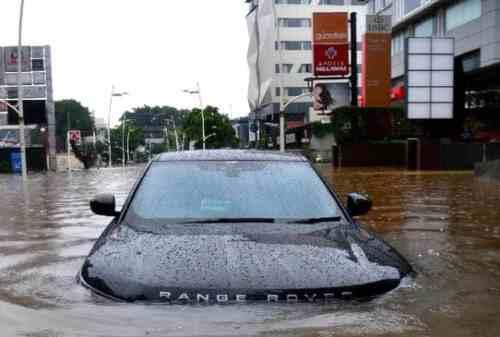 Klaim Asuransi Mobil Akibat Banjir 02