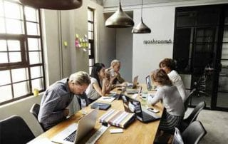 Menghadapi Perubahan Kerja - Finansialku