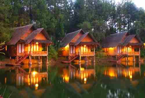 10 Tempat Bulan Madu di Indonesia Di Bawah 10 Juta (Part 1) 02 - Finansialku