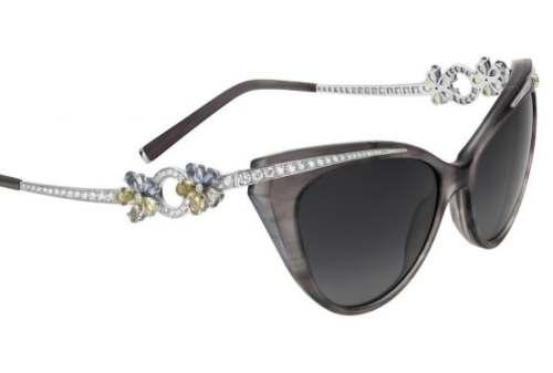 10 Kacamata Termahal Di Dunia, Harganya Setara Rumah, WOW! 05 Bulgari Flora Sunglasses - Finansialku