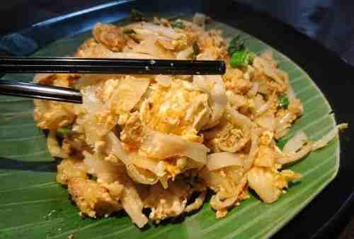 7+ Tempat Wisata Kuliner Jakarta Yang WAJIB Kamu Cicipi dengan Mie sebagai Menu Utama 05 - Finansialku