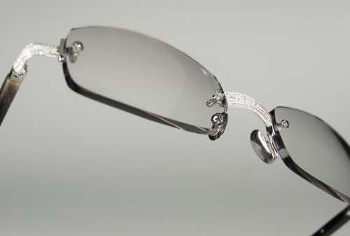 10 Kacamata Termahal Di Dunia, Harganya Setara Rumah, WOW! 03 Gold & Wood 119 Diamond Glasses - Finansialku