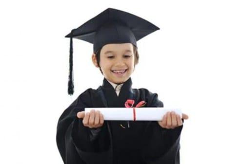 Hadiah Buah Hati, Ini Rekomendasi Pembukaan Tabungan Pendidikan - Finansialku
