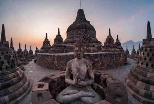 7 Tempat Bersejarah di Indonesia Paling Megah Untuk Wisata Budaya 03