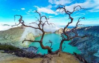 Kawah Ijen Challenging Yet Exciting Hike To Ijen Blue Fire 01 - Finansialku