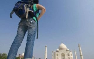 Mau Traveling Anti Mainstream Simak Yuk Tips Backpacker ke India! 01 - Finansialku