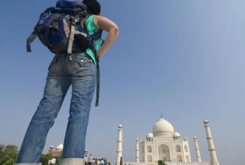 Mau Traveling Anti Mainstream Simak Yuk Tips Backpacker ke India! 01 - Finansialku