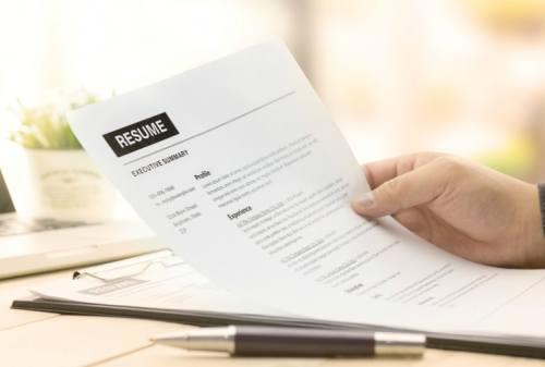 Definisi Resume dalam Dunia Literatur dan Pekerjaan 02 - Finansialku