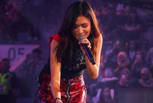 Kisah Sukses Niki Zefanya, Penyanyi Indonesia yang Sukses di Amrik 05