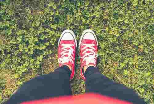 8 Pilihan Sepatu Kets Keren, Murah, dan Berkualitas 03