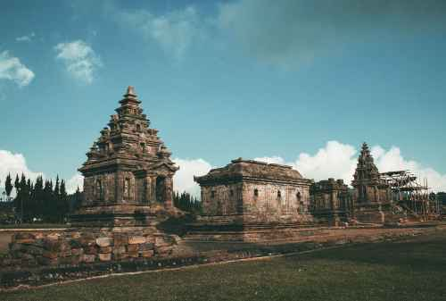 Dieng, The Exotic Plateau In Indonesia To Spend Your Holiday 01 - Finansialku