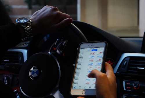 5 Aplikasi Trading Forex Terpercaya di Indonesia, Mudah Dipakai Lho 00 - Finansialku