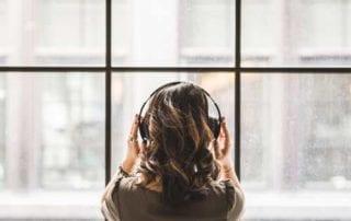 Wajib Tahu 5 Situs Download MP3 Legal Plus Gratis untuk Teman Gabut 00 - Finansialku
