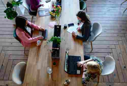 Keren! Budaya Kerja di Perusahaan Start Up Bikin Iri! 02 - Finansialku