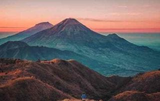 Dieng, The Exotic Plateau In Indonesia To Spend Your Holiday 00 - Finansialku