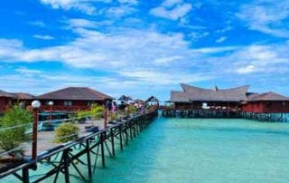 Derawan Island, The Hidden Paradise In East Kalimantan 00 - Finansialku